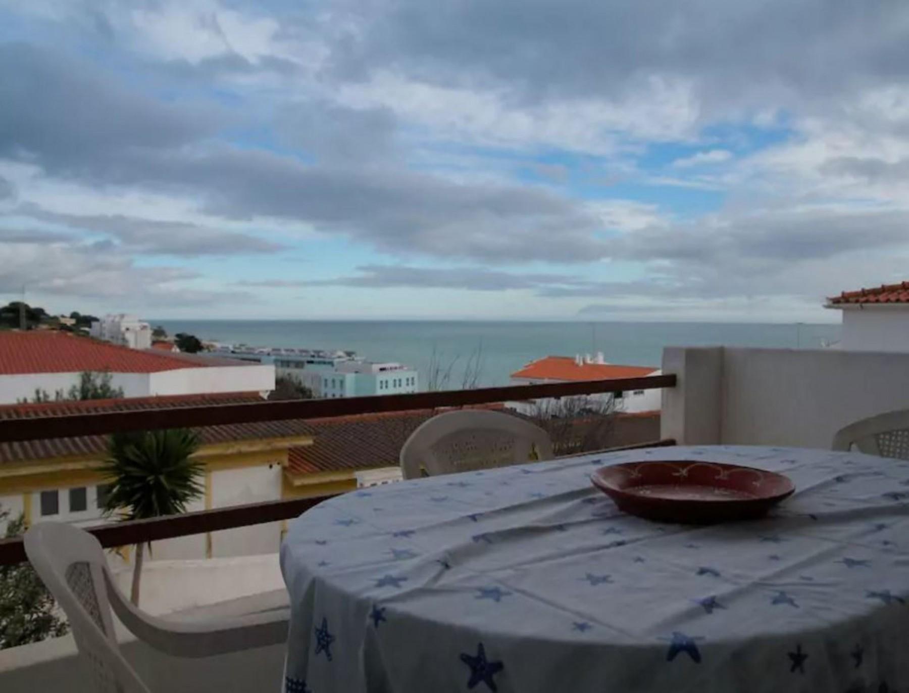 Apartment in Albufeira - 104220