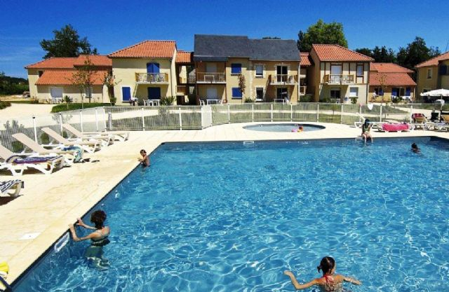 Odalys Montignac 2p coin nuit 4/6p for 6 guests in Montignac, Frankreich