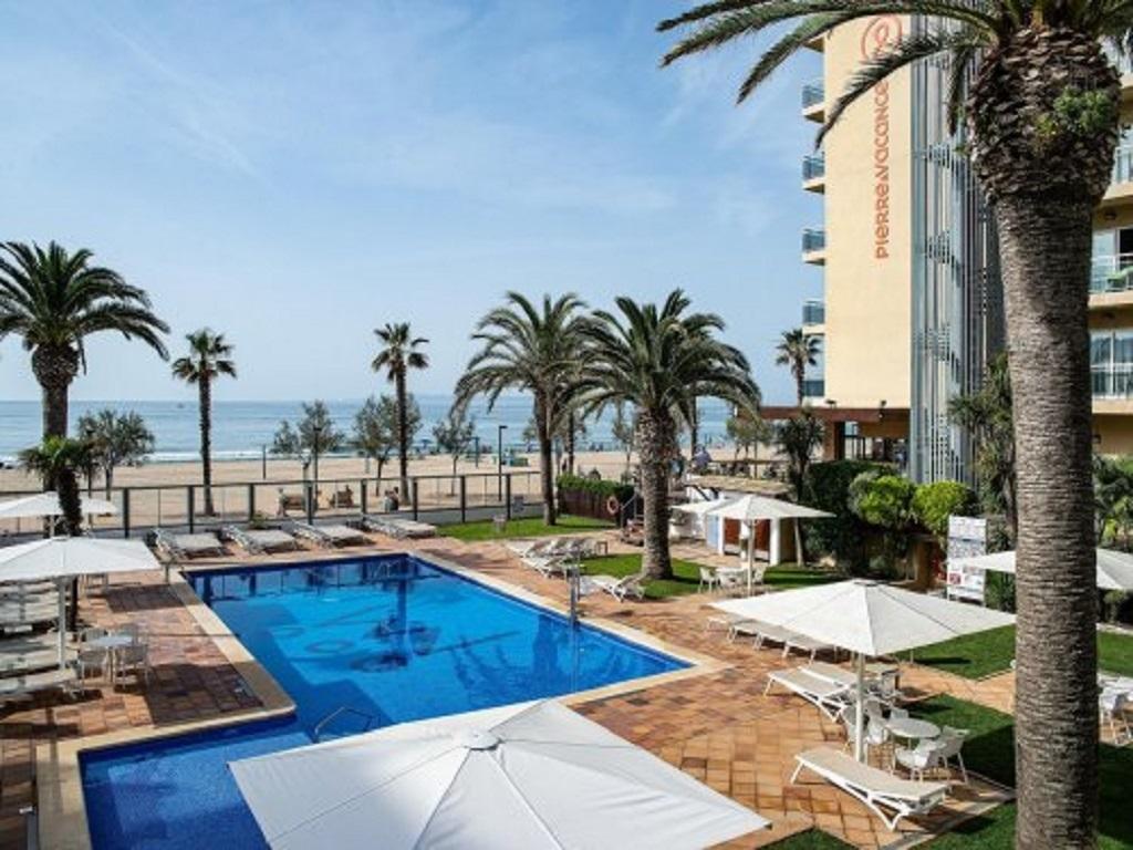 Hotel Monterrey Roses ch2/3-