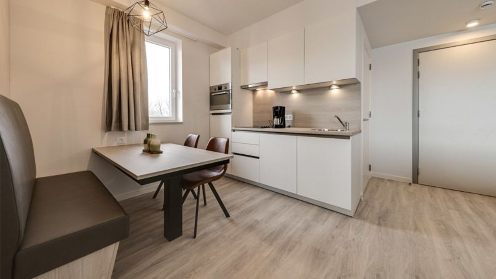 New Holiday Suite for 4 people with 2 double beds