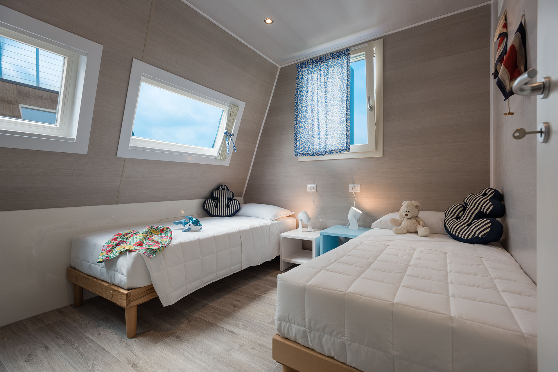 Marina houseboat 3 pax