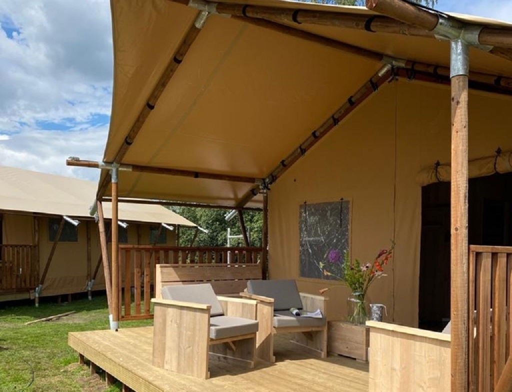luxe-safaritent-glamping-5-persoons