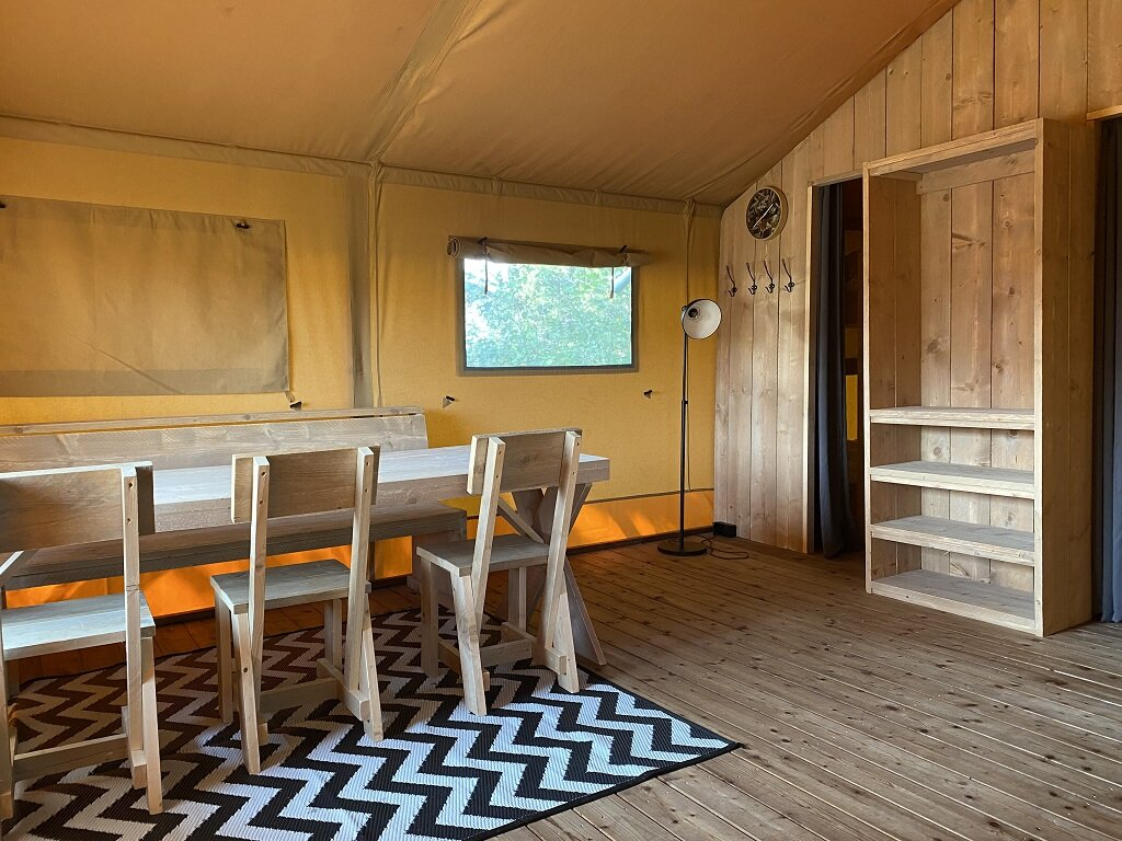luxe-safaritent-glamping-6-persoons