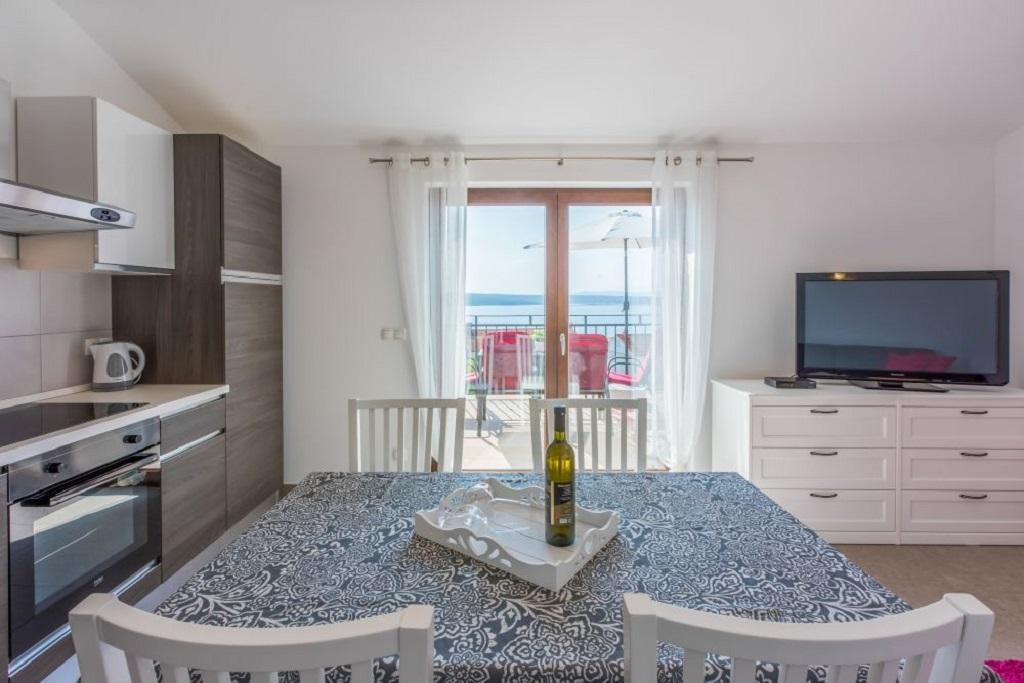 Apartment Anton RI 3+1 pax