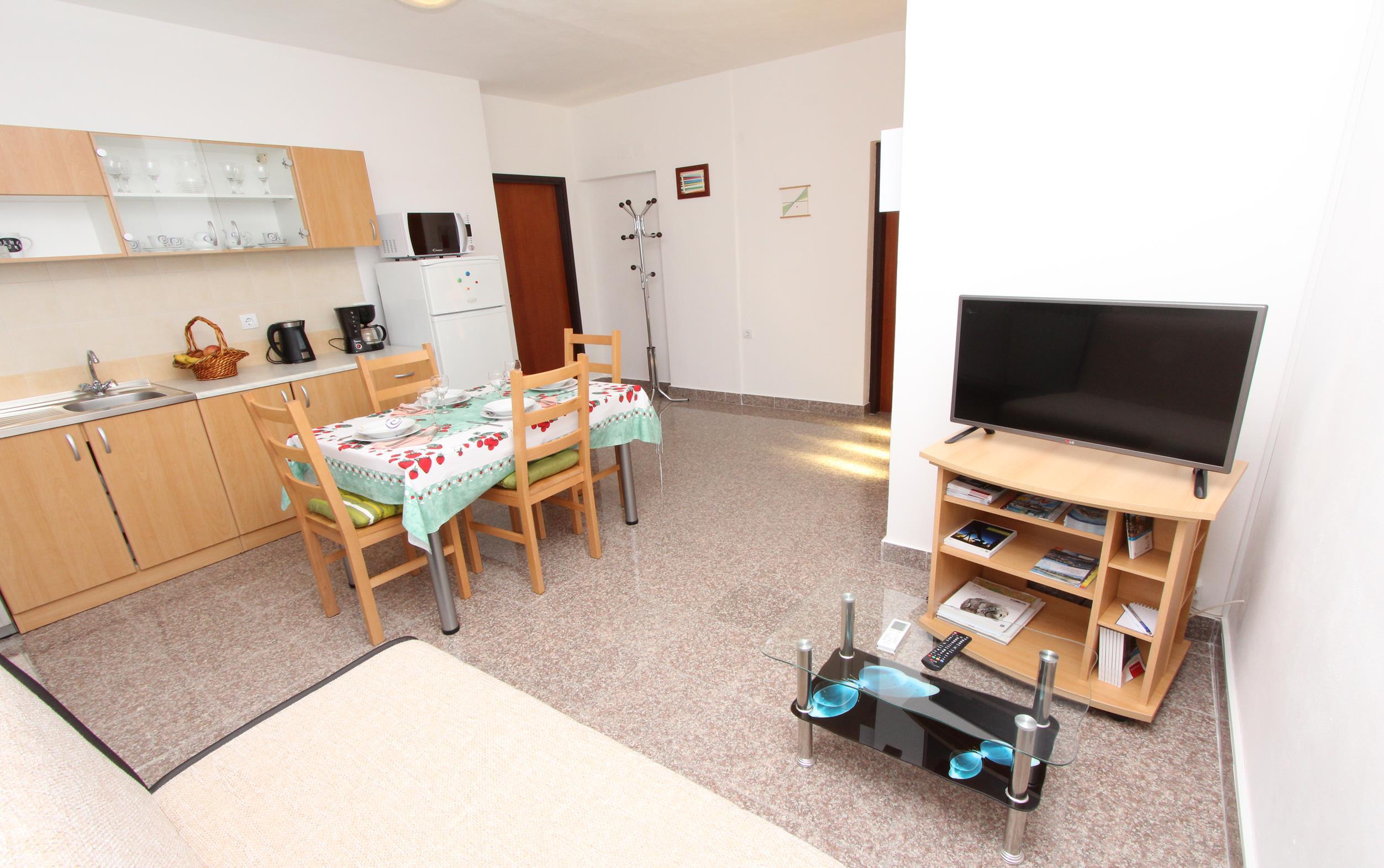 TIGRA One-Bedroom Apartment