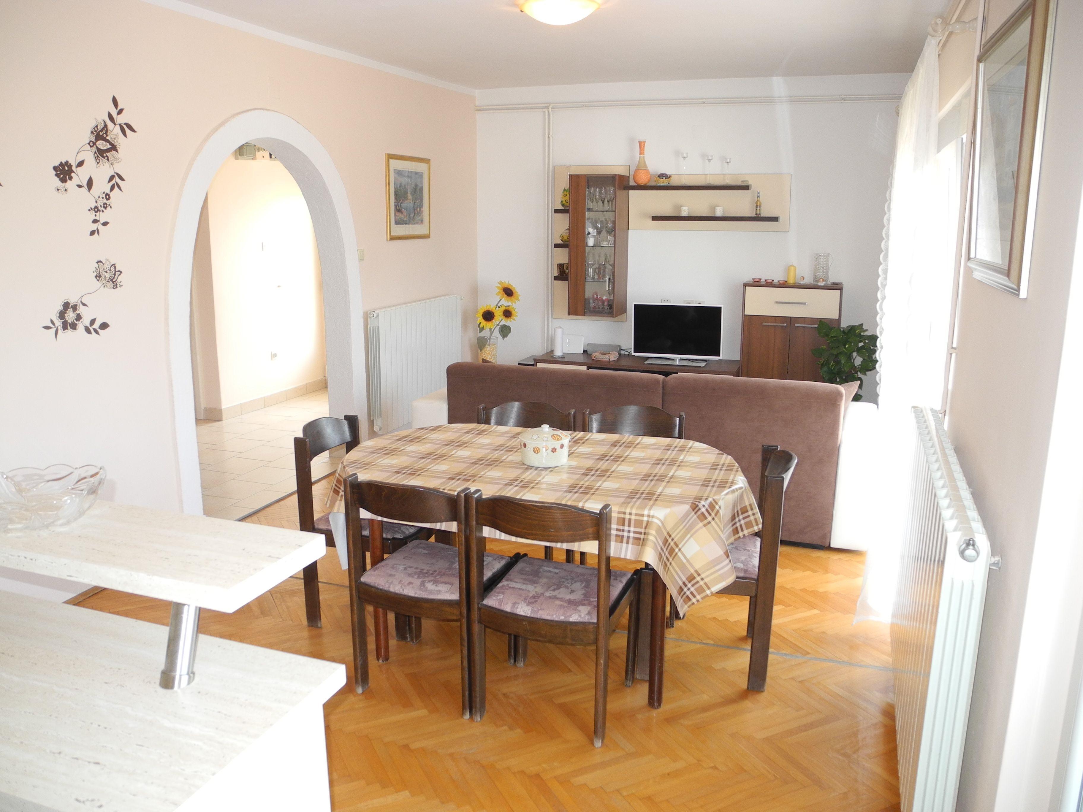 Apartment 2 Anamarija 4+1 pax