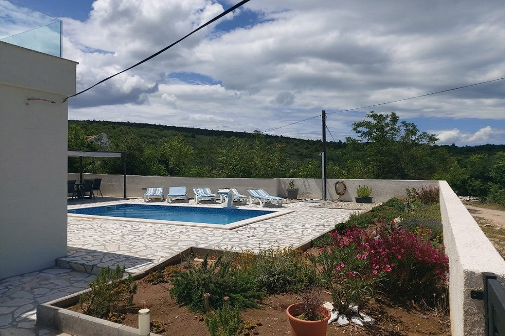 Villa Anna with pool