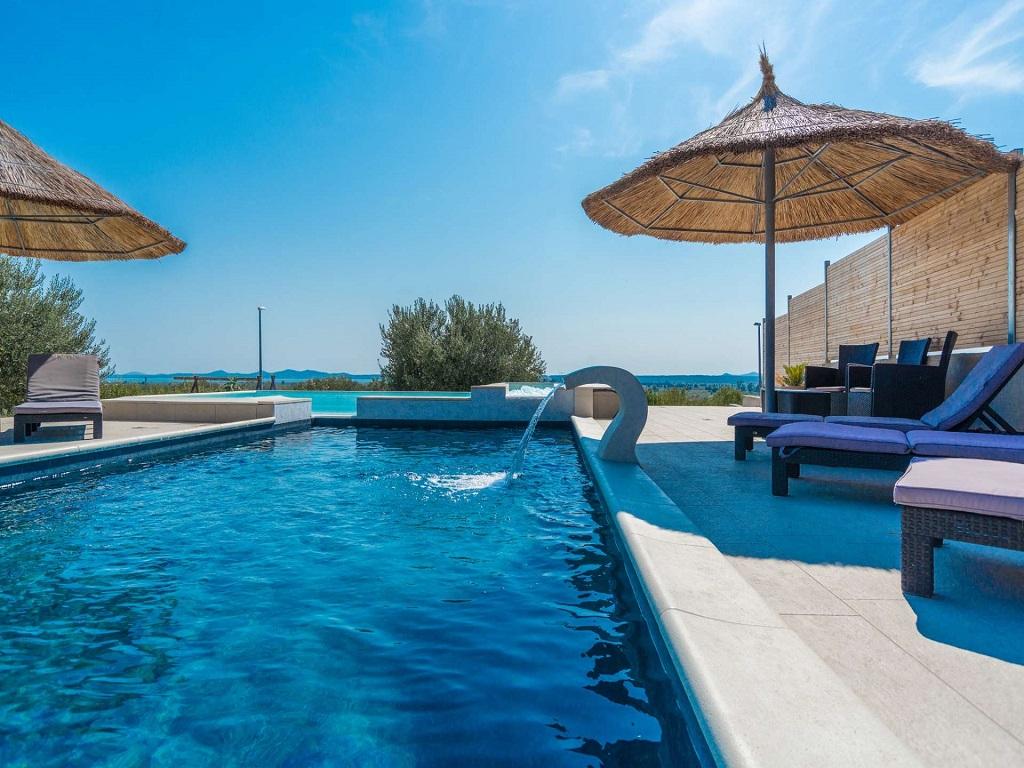 Villa Mande with Great pool