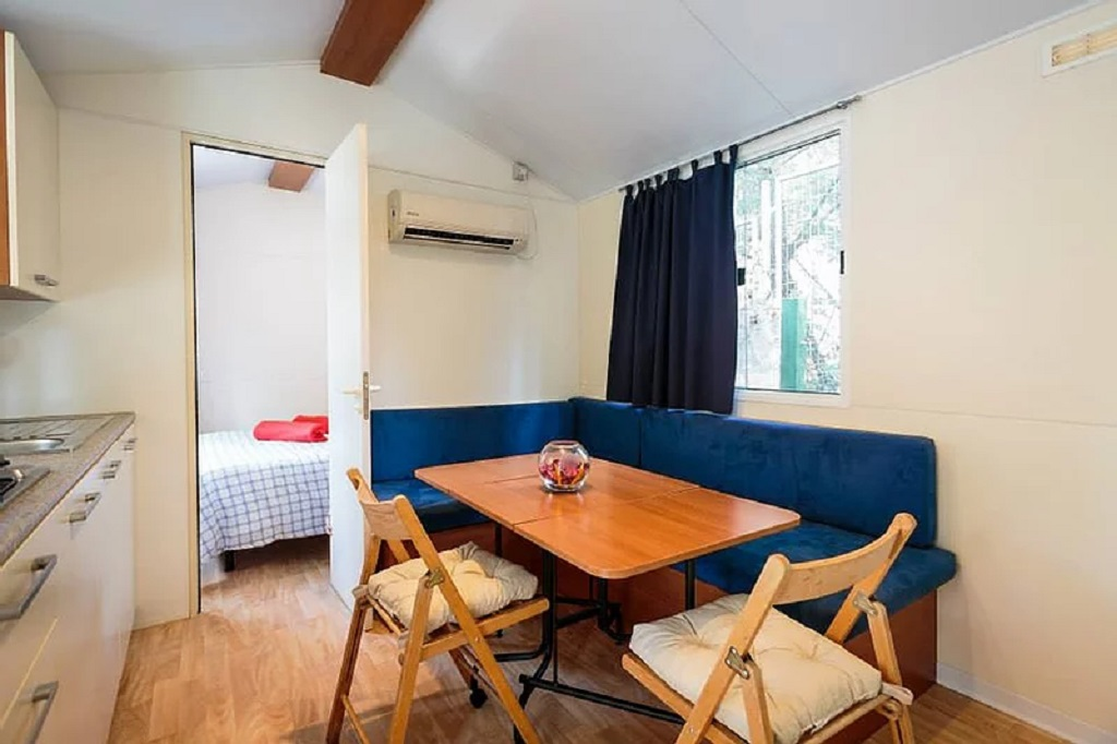 Standard Mobile Home 2