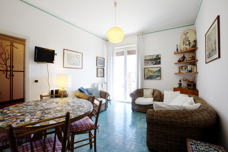 ferienwohnung levanto 5 personen italien ligurien 290396. Black Bedroom Furniture Sets. Home Design Ideas