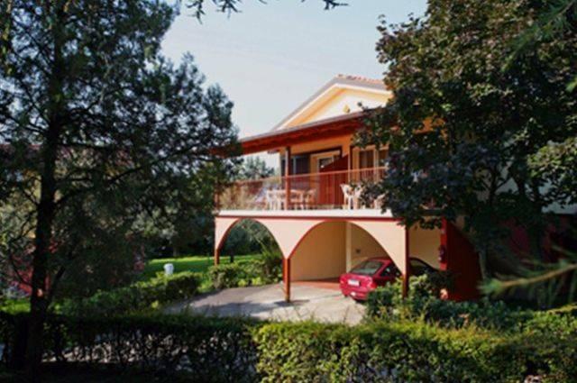 Parque de vacaciones Villetta (8321) Manerba del Garda 1