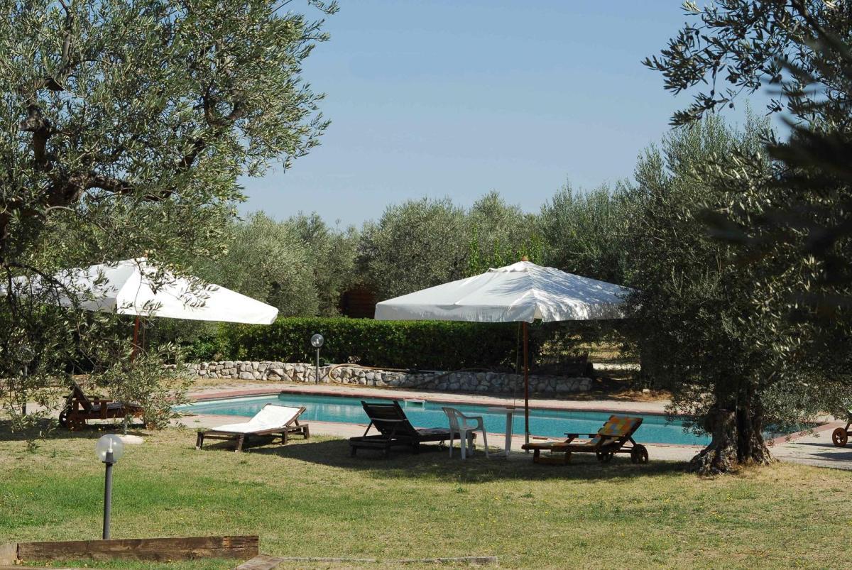 Ferienpark Agriturismo di Qualità L'OLIVETO Chalet 6 Tocco da Casauria 1