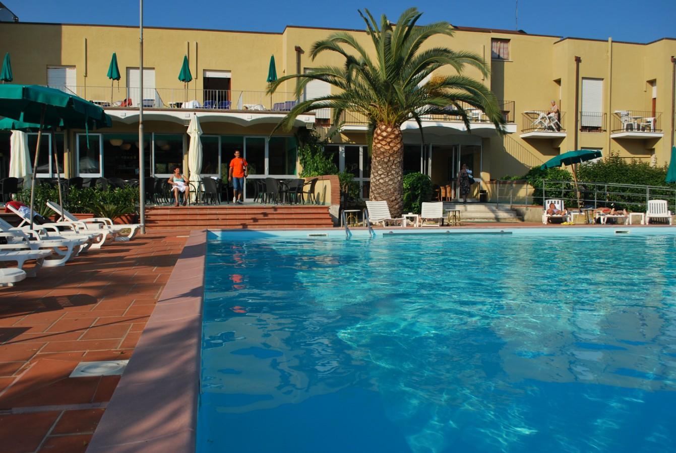 Parque de vacaciones Holiday park- BILOCALE Capoliveri 1