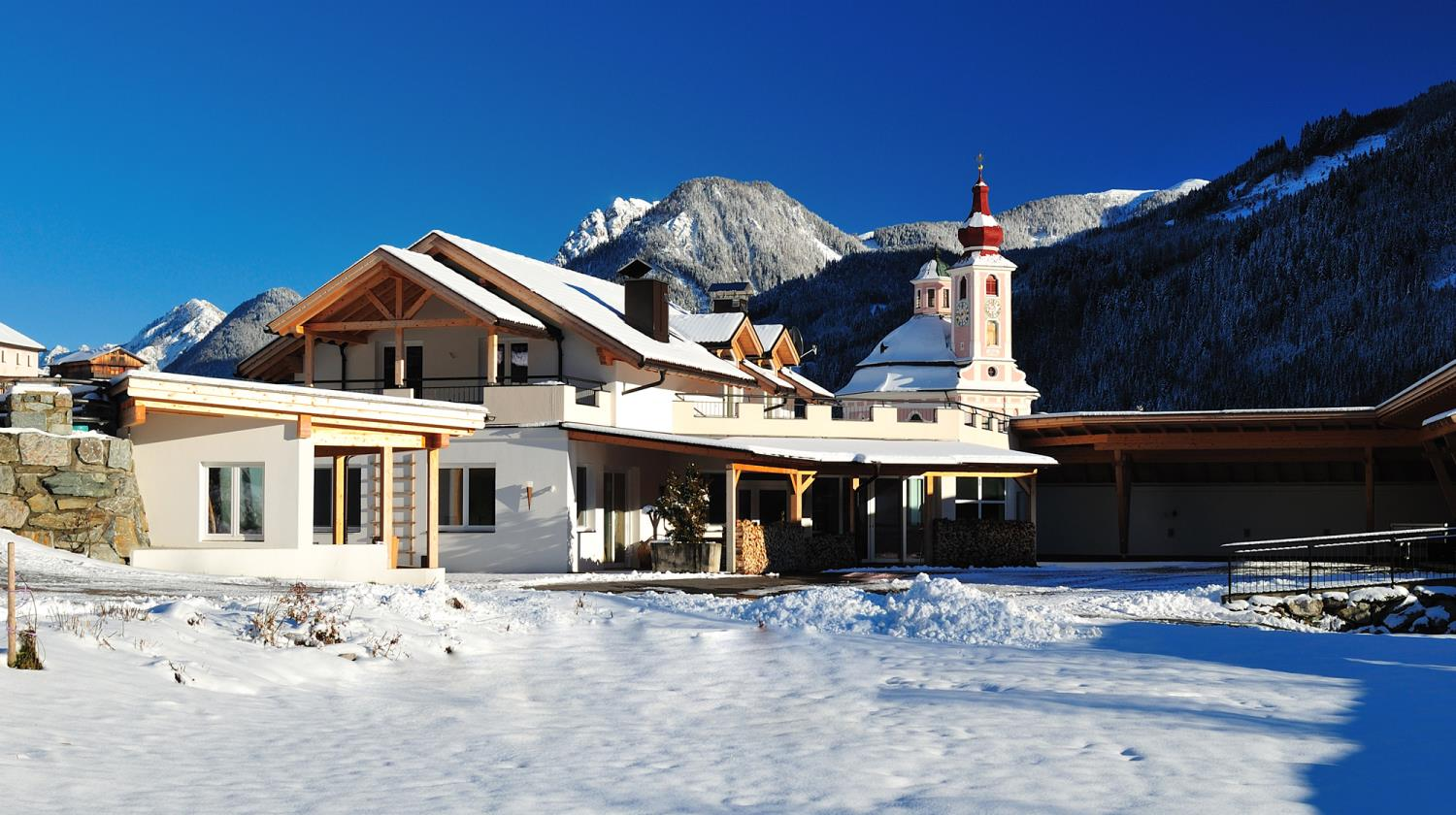 Champagner Lodge Apartment Tirol