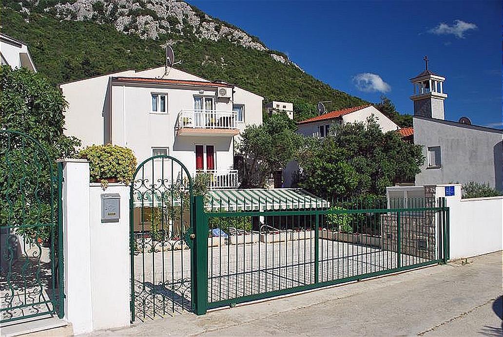 Apartamento Marija Ap 102. Klek 1
