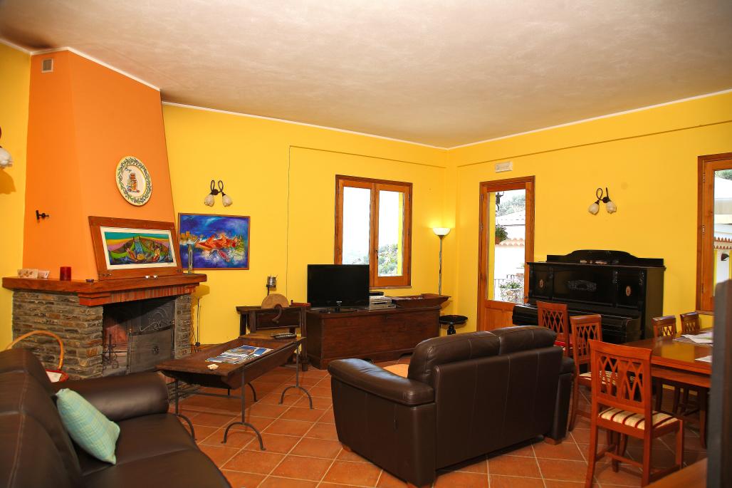 Apartment- Castagno