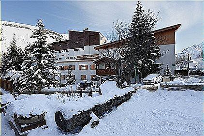 Edelweiss Les Deux Alpes 2P8 cabine