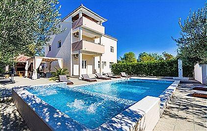 Villen, Villa Ines, BN1174443