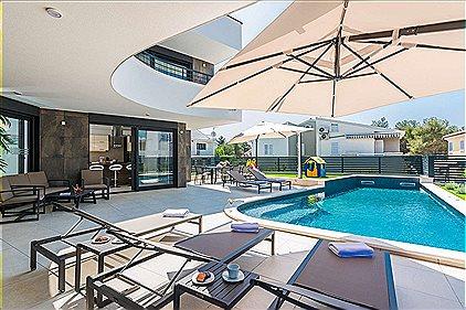 Villen, Modern & Luxury Villa Pos..., BN1174475