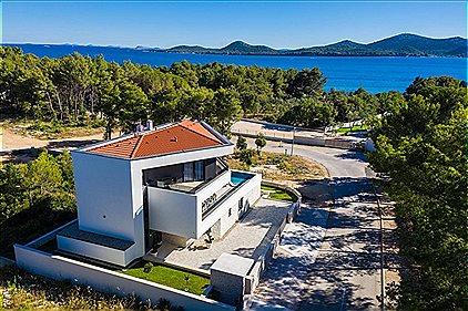 Villen, Modern & Luxury Villa Oly..., BN1174586