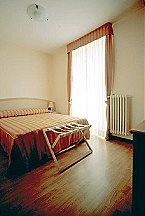 Appartement Trilo 4/6 Baveno Thumbnail 9