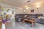 Villa Comfi Apartment Medulin Thumbnail 3