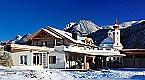 Villa Premium Lodge Apartment Strassen Thumbnail 28