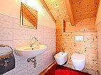 Villa Premium Lodge Apartment Strassen Thumbnail 14