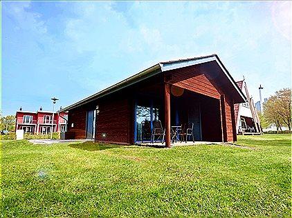 Vakantiehuizen, Blockhaus im Ferienhauspa..., BN990108